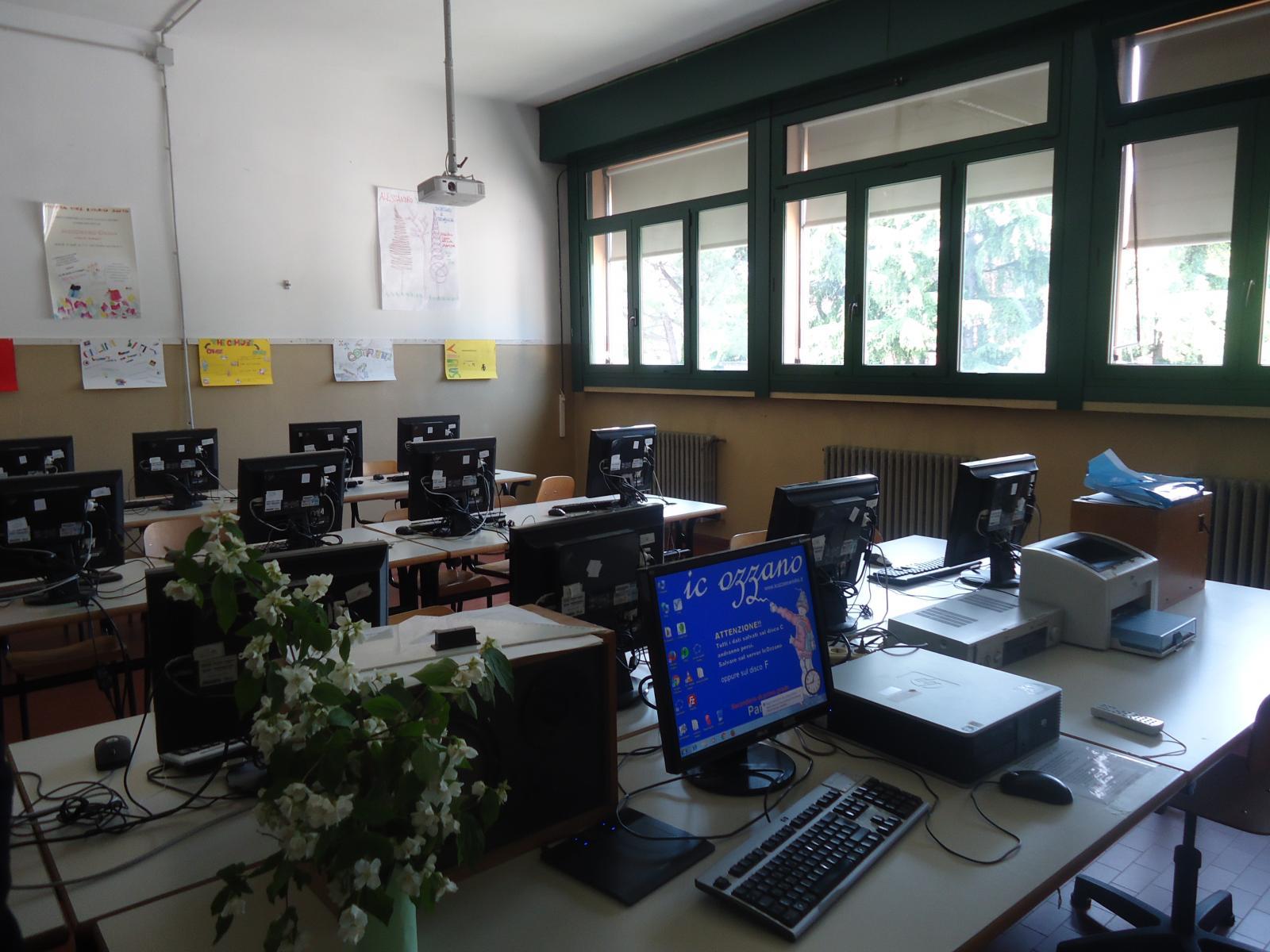 Ufficio Casa Ozzano : Scuola comune di ozzano dell emilia